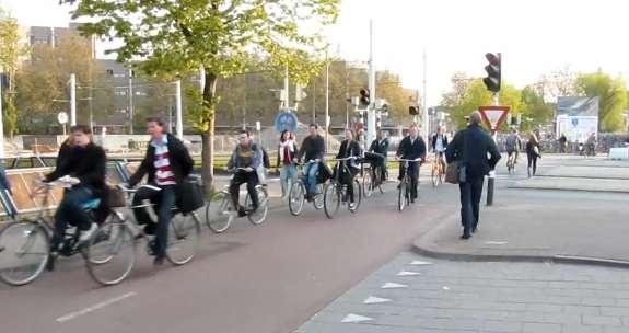 Bicicletas nas ruas da Holanda