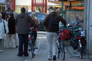 Ciclistas e pedestres