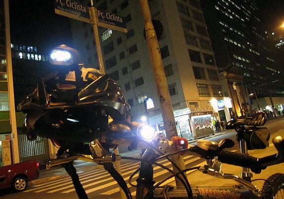 Iluminação de bicicleta